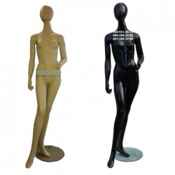 Манекен  женский С-7  телесный и черный