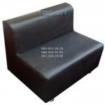 Диван -100х65х70  обычный кожзам, на хром ногах